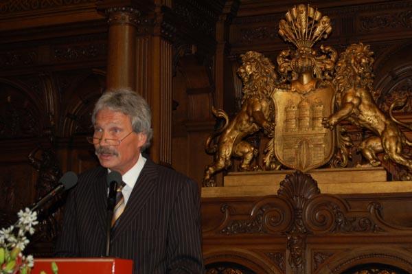 Innensenator Udo Nagel bei der Begrüßungsrede.
